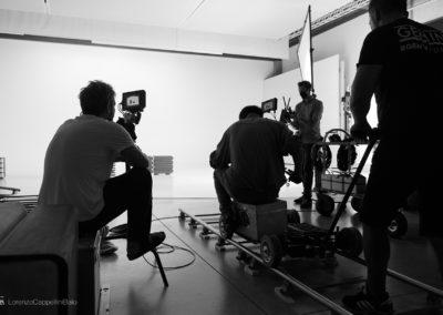 Dolly durante lo shooting nella sala posa di LCBstudio